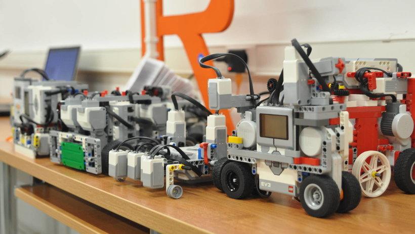 Робототехника и 3D-моделирование – одни из самых привлекательных и перспективных направлений деятельности технопарка