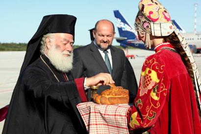 После встречи в аэропорту Патриарх и Игорь Орлов отправились на Соловки