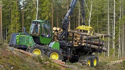 На прошедшем в этом году II чемпионате России было представлено более 50 лесных машин ведущих мировых производителей