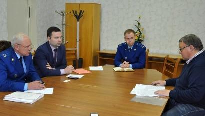 Общение предпринимателей с бизнес-омбудсменом и представителями прокуратуры было выстроено в формате прямого диалога