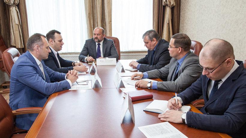 Игорь Орлов обсудил с руководством авиакомпании «Нордавиа» перспективы развития