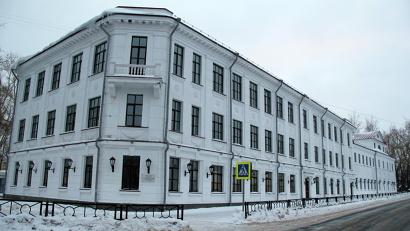 Здание является памятником архитектуры, поэтому к реставрационным работам предъявляются особые требования