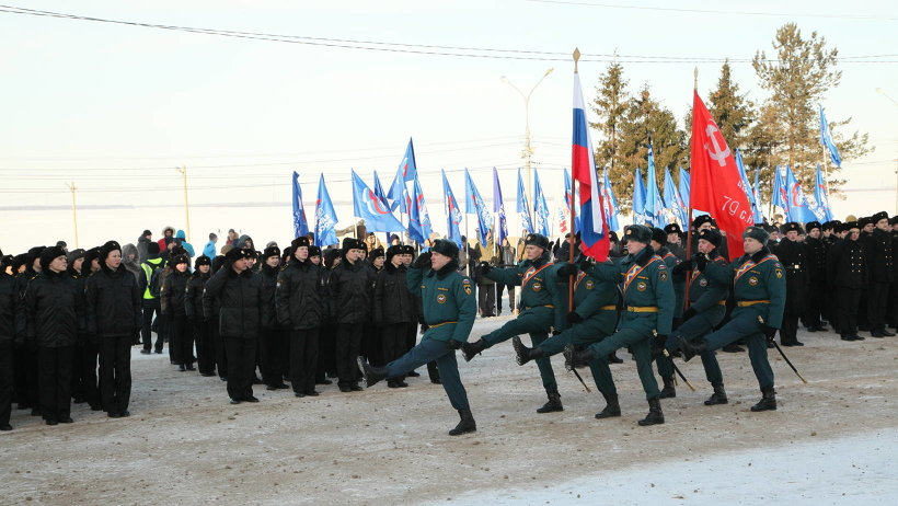 В торжественном марше прошли войска Архангельского гарнизона