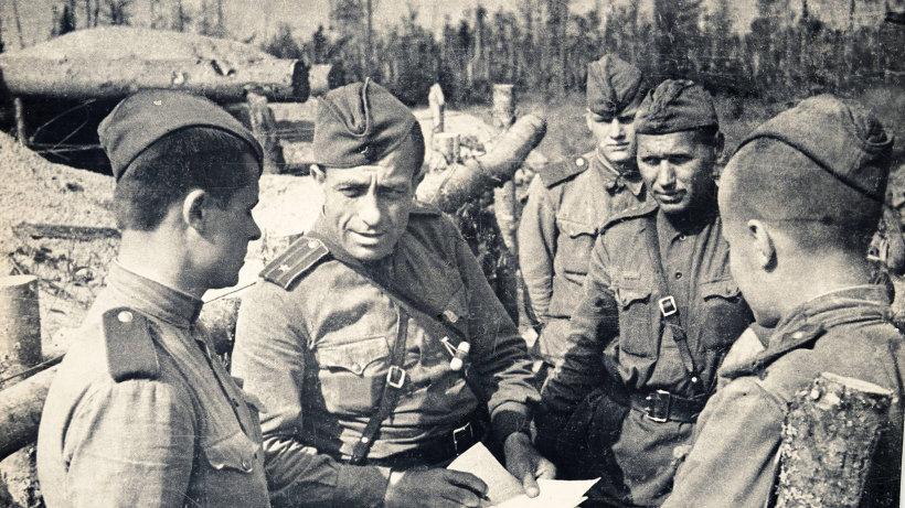 Разговор с солдатами, решившими вступить в партию