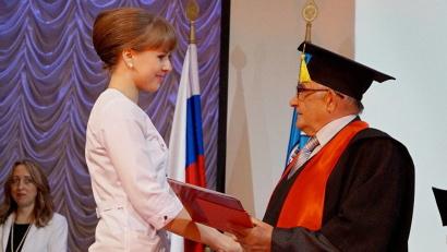 Выпускники СГМУ работают во всех лечебных учреждениях Архангельской области, в других регионах страны и за её пределами