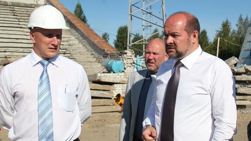 Игорь Орлов раскритиковал нерасторопность подрядчика и слабый контроль за производством работ со стороны мэрии Архангельска