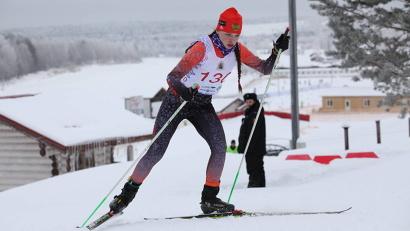 Победительница гонки у девушек Екатерина Мегедь