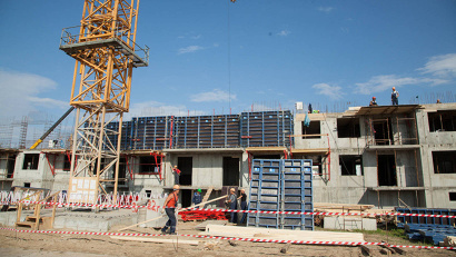 Монолитный дом, рассчитанный на 237 квартир, возводится в рамках корпоративной жилищной программы ОАО «ЦС Звездочка»