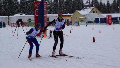 В течение двух дней спортсмены соревновались в снегоступинге и лыжных гонках