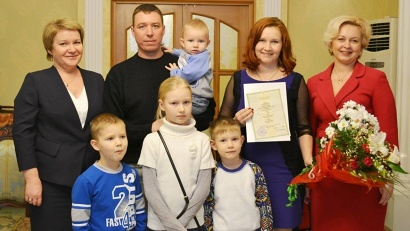 Семья Антипиных воспитывает пятерых детей