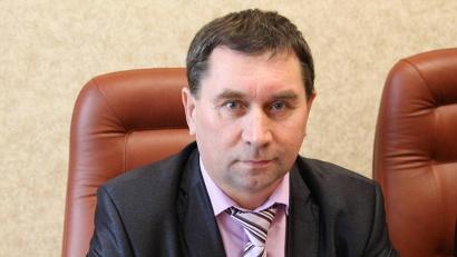 От имени вельчан Игоря Орлова поздравил со вступлением в должность глава Вельского района Виктор Шерягин