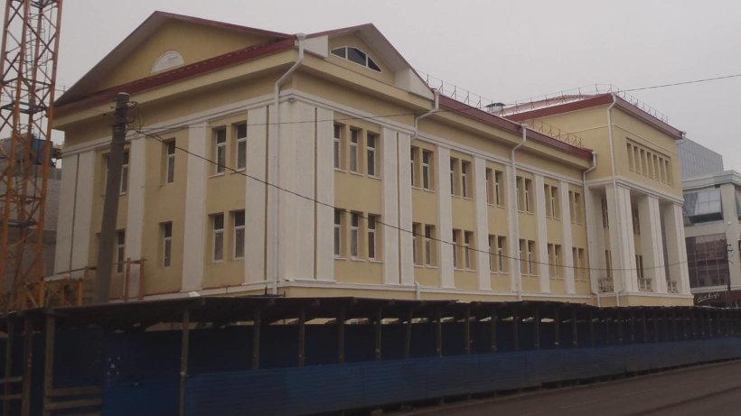 Основное здание театра кукол было построено в 1935 году