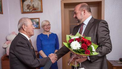 Николай Павлович Ефремов прошел через всю войну и трудился на благо Родины в послевоенное время