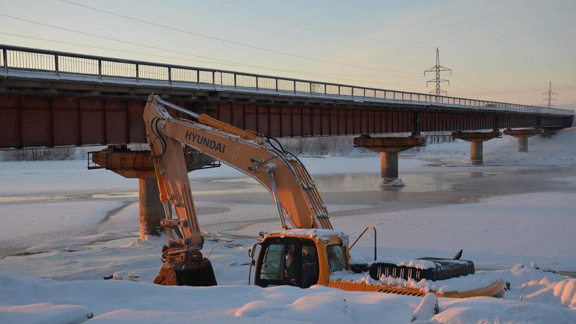 Мост через реку Исакогорка
