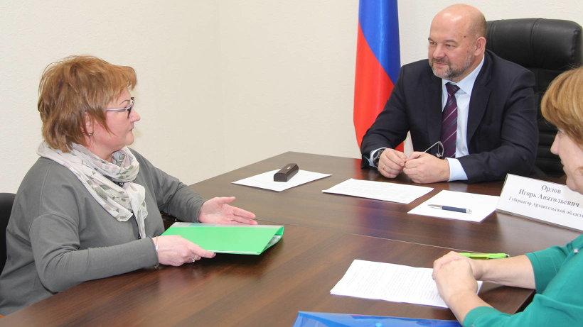 Мария Кузнецова обратилась к губернатору с жалобой на задержку с ремонтом крыши