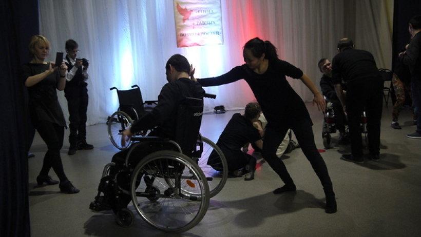 Итогом проекта стал фестиваль инклюзивного творчества «Сцена равных возможностей»/Фото: sousnko.ru