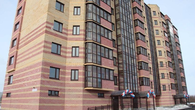 80-квартирный дом для защитников рубежей нашей страны вырос в округе Майская горка