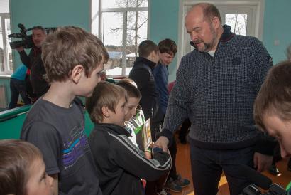 Игорь Орлов пообщался с молодёжью деревни Павлицево