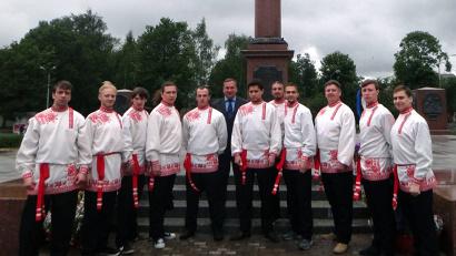Программа театра народной и современной культуры «Поморская артель» основана на песенном фольклоре Архангельской области