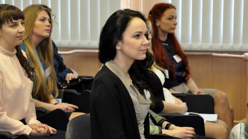 В конкурсную борьбу вступили как опытные наставники, так и молодые педагоги