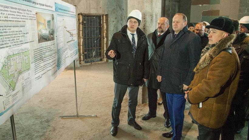 Заместитель председателя правительства Архангельской области Андрей Шестаков доложил о ходе строительства