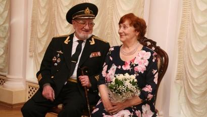За шесть месяцев 2016 года в территориальных отделах агентства состоялось чествование более семидесяти пар-юбиляров