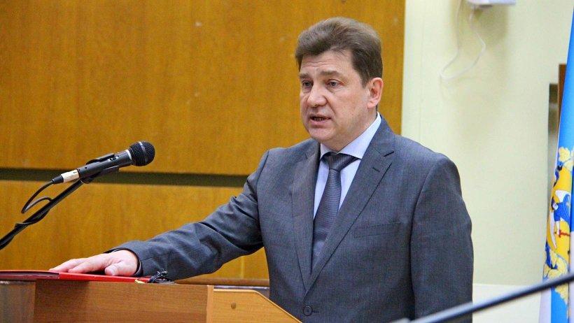 Сергей Андреев был избран на эту должность большинством депутатов городского Совета 3 марта