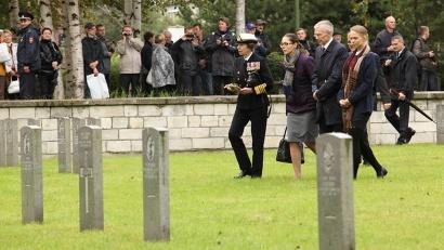 Её Королевское Высочество посетила британское воинское захоронение на Вологодском кладбище