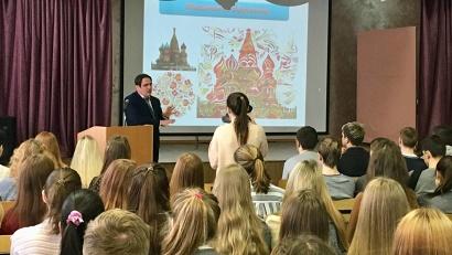 Юрий Гнедышев: «Особое внимание на «Уроках цифры» мы уделяем вопросам безопасности детей в виртуальном мире»