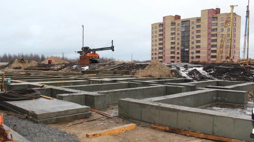 Рядом с новостройками уже заложены фундаменты для домов четвёртого, завершающего этапа программы расселения «аварийки»