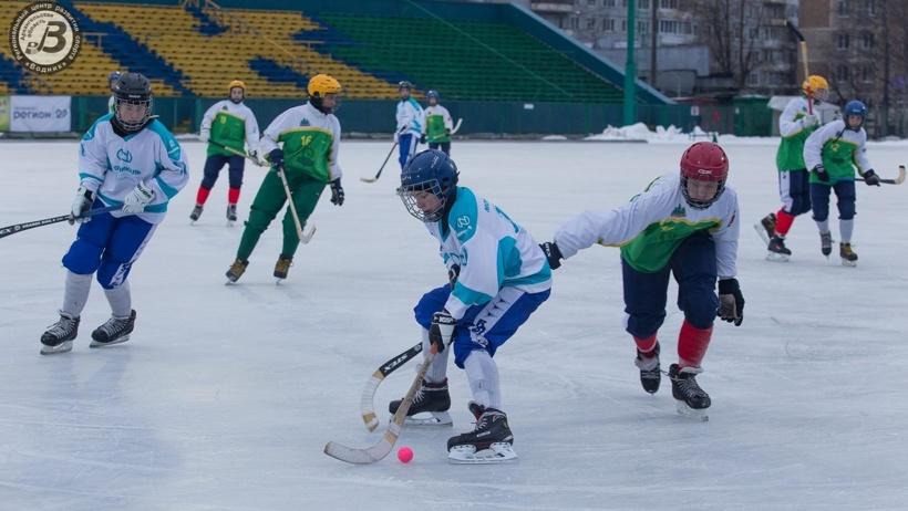 В Архангельске продолжаются игры на Кубок губернатора по хоккею с мячом