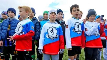 Матчи проходят в рамках международного фестиваля детской футбольной лиги «Большие звёзды светят малым»