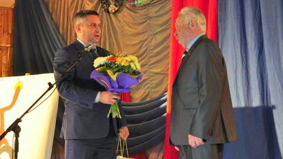 Юбиляра поздравил министр образования и науки Архангельской области Игорь Скубенко