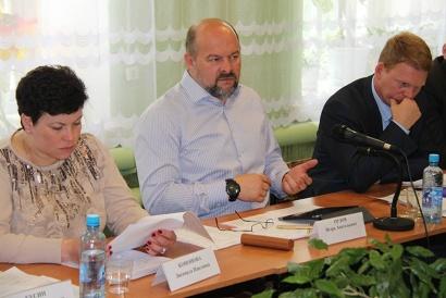 Глава региона обсудил с руководителями МО, предпринимателями и общественниками социально-экономическую ситуацию в районе