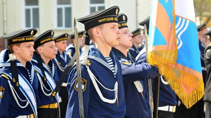 Выпускники кадетского корпуса сегодня являются курсантами 23 профильных ВУЗов различных силовых ведомств