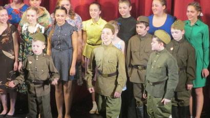 Участие в спектакле приняли более 60 непрофессиональных актёров со всей Архангельской области