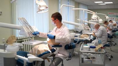Центр выполняет сразу три функции – образовательную, научную и лечебную
