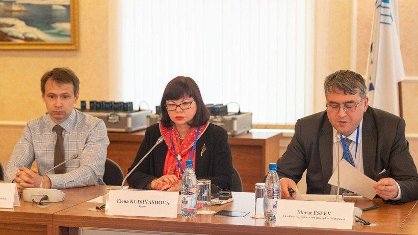 В Северном (Арктическом) федеральном университете (САФУ) рассказали о сути проекта, обсудили с экспертами и партнерами преимущества Арктического НОЦ