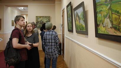 В экспозиции представлены более 30 картин о Русском Севере