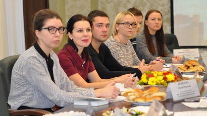 Более полутора десятков молодых учителей приняли участие в установочном заседании
