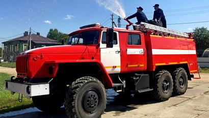 Новая техника передана огнеборцам Устьянского и Коношского районов