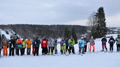 На горнолыжный склон в Косково в День зимних видов спорта пришло более 50 участников