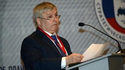 Один из экспертов форума - Виктор Кидяев, председатель комитета Государственной Думы по федеративному устройству и вопросам местного самоуправления