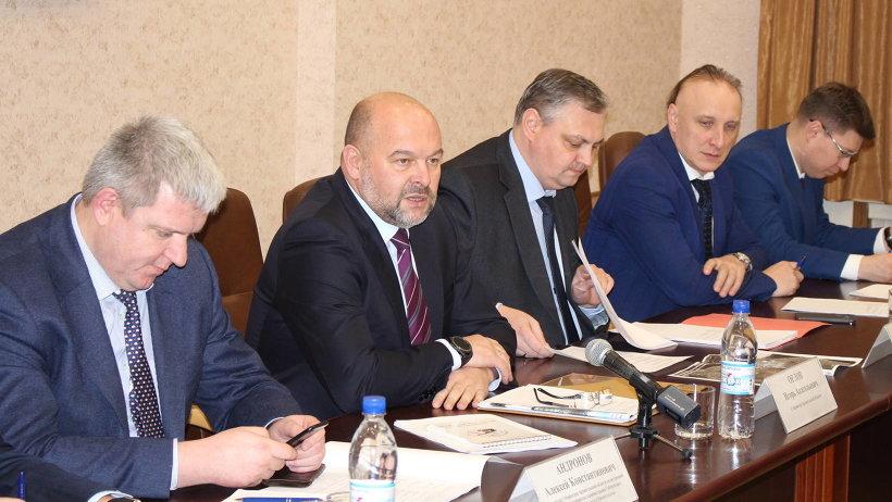 Игорь Орлов обсудил инвестиционные проекты, направленные на восстановление нарушенных прав дольщиков