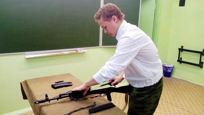 СборКа-разборка автомата Калашникова - классика военно-спортивной подготовки