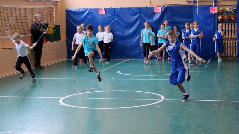 Юных спортсменов ждали девять этапов игры. Фото: министерство образования и науки Архангельской области