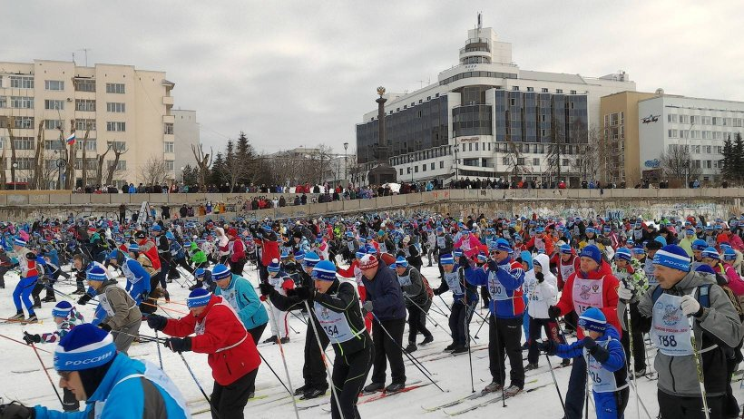 На главный старт на набережной областного центра вышло как никогда много участников