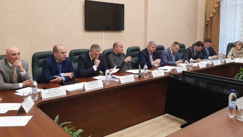 В правительстве региона состоялась рабочая встреча руководства Архангельской области и столицы Поморья