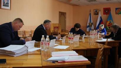 Кандидаты на должность главы района отвечали на вопросы и представляли программу развития муниципалитета