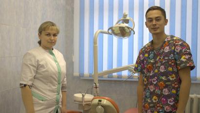 Прием будут вести детский врач-стоматолог Сергей Бондаренко и медицинская сестра Татьяна Долгих